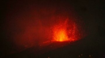 El volcán de Canarias destruyó ya 320 edificaciones y 153 hectáreas