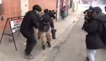 El Gobierno anuncia investigación por explosión de gas lacrimógeno que afectó a periodistas
