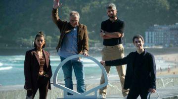 San Sebastián cierra con un filme de Daniel Monzón, a la espera de los premios