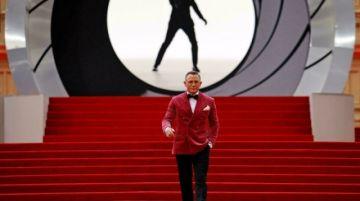 La última película de James Bond arranca con fuerza en el Reino Unido