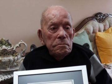 El hombre vivo más longevo tiene 112,8 años