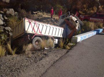 Dos personas pierden la vida en trágico accidente en la vía Potosí- Oruro