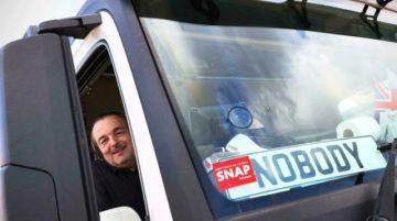Camioneros en el Reino Unido no ven la luz al final del túnel