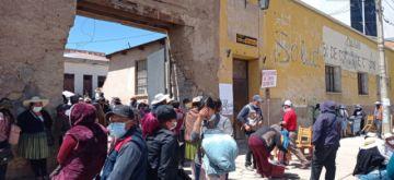 Padres de familia del 31 de Octubre perjudican a Potosí tomando predios para intercambio