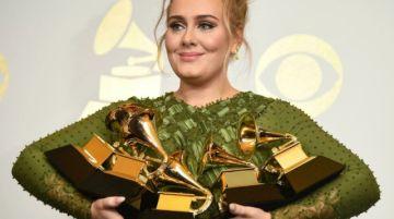 La británica Adele saca nuevo disco el 19 de noviembre