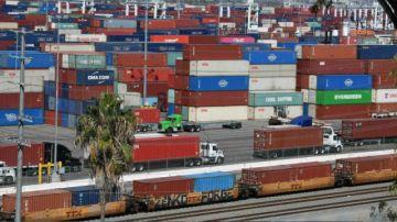 El embotellamiento portuario de EEUU adelanta la Navidad de los importadores