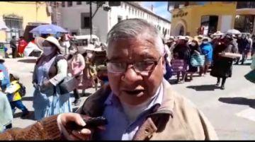 Vecinos de Alto Potosí marchan exigiendo la construcción del hospital de segundo nivel