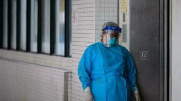 Hong Kong aceptará más médicos formados en el extranjero
