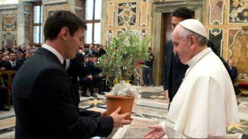 """El papa a Messi: """"Gracias (porque) no se te subieron los humos a la cabeza"""""""