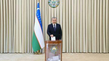 El presidente de Uzbekistán, reelecto con el 80% de los votos