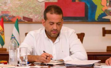 Fiscalía prevé para esta semana convocar a declarar al gobernador Camacho y su padre