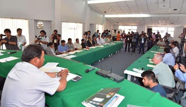 Ortega reemplaza a Chávez en la Federación Boliviana de Fútbol