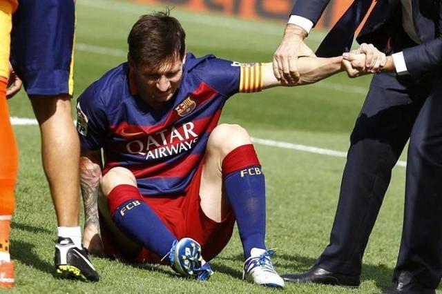 Messi será baja por dos meses por rotura de ligamento en rodilla izquierda
