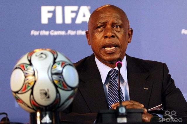 El empresario sudafricano Sexwale aspira a presidir la FIFA