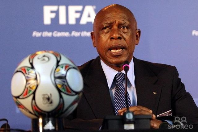 """Sudafricano Sexwale se ve """"más que preparado"""" para dirigir la FIFA"""