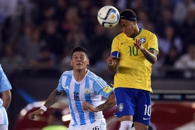 Argentina profundiza su crisis de resultados con un empata ante Brasil 1-1