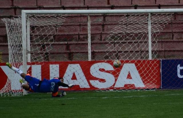 Nacional cae en el inicio del Clausura