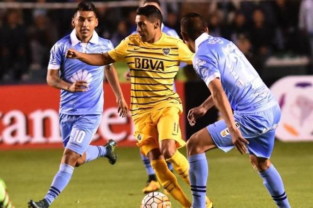 Boca Juniors ahoga a Bolívar en el segundo tiempo y empata en La Paz