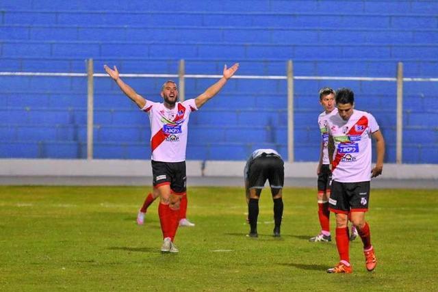 Nacional logra su primera victoria