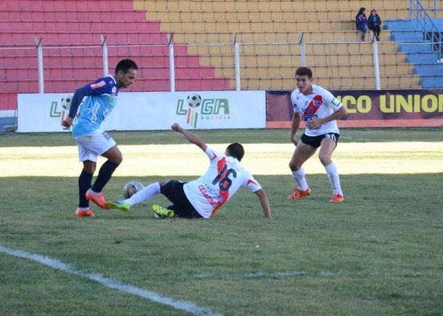 Nacional cede sus primeros puntos del torneo