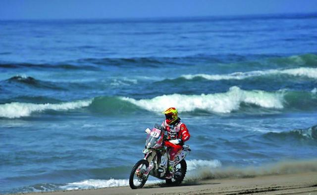 Daniel Nosiglia avanza a paso firme en el Dakar