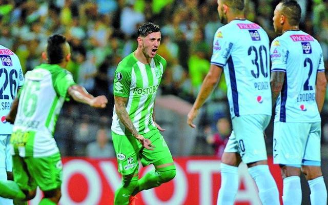 Bolívar se complica tras ser goleado por Atlético Nacional