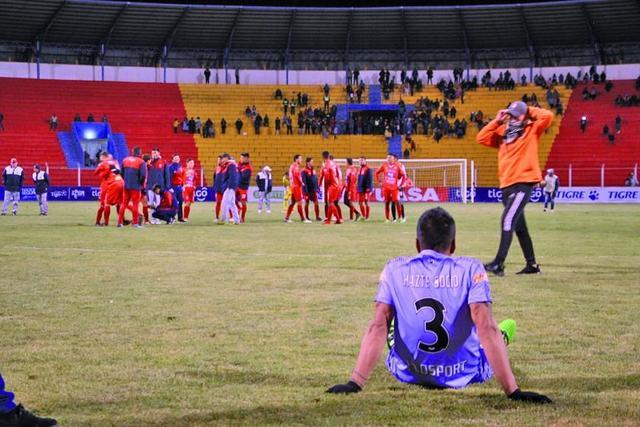 Real pierde y queda fuera de la Sudamericana