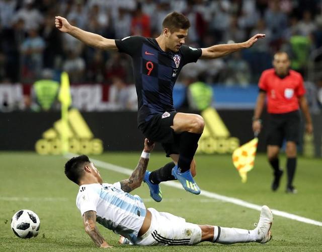 Croacia golea y noquea a Argentina en Rusia