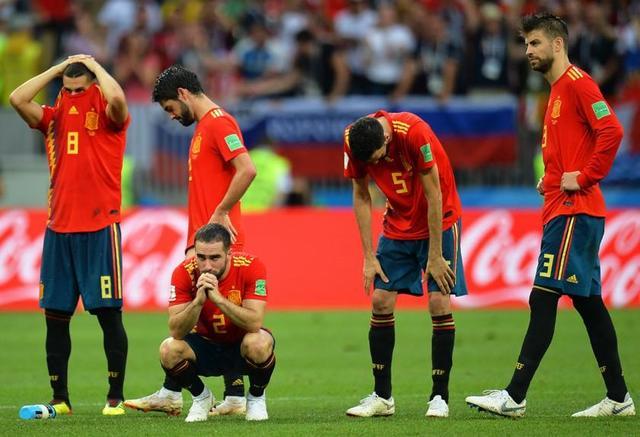 Rusia echa a España del Mundial