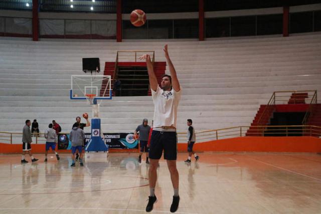 Calero trabaja con todo su potencial para la Sudamericana