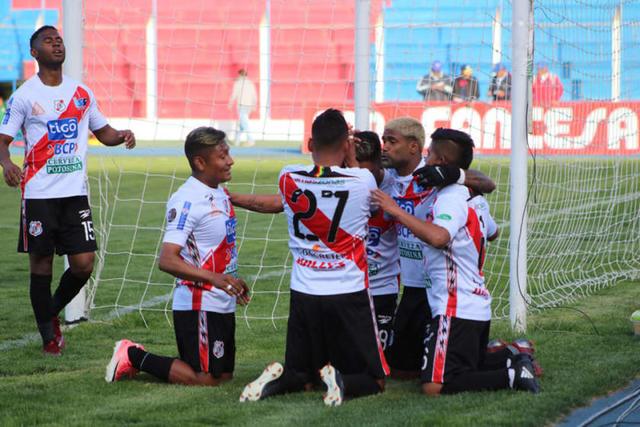 Nacional golea 3-0 y sube al quinto lugar
