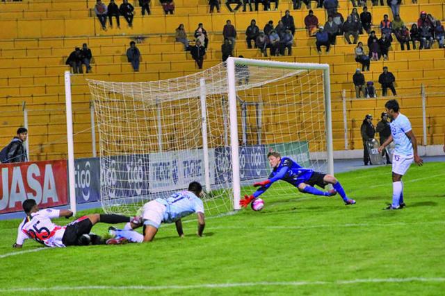 Nacional gana y sueña con torneo internacional