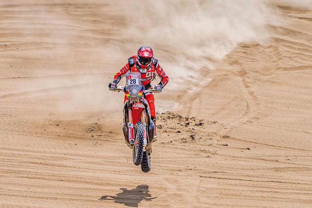 Daniel Nosiglia corre sin frenos en el Dakar  y está a un paso de igualar su marca