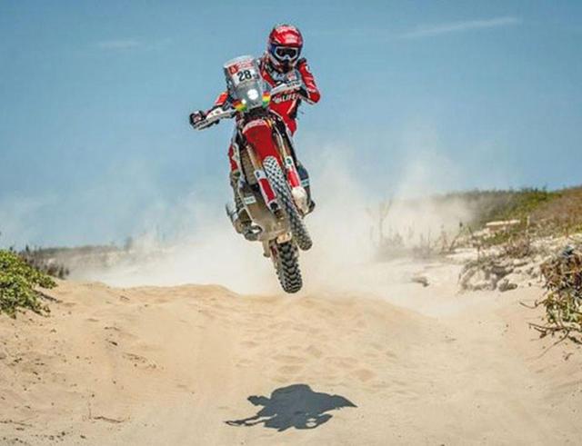 Daniel Nosiglia hace historia en el Dakar al clasificar en el segundo lugar en la novena etapa