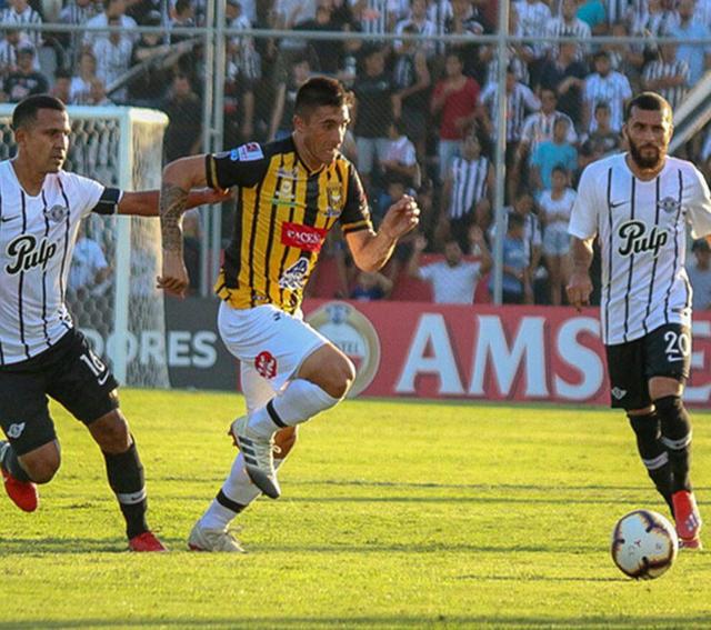 Con una goleada Libertad elimina al Tigre de la Libertadores
