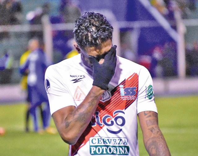 Nacional cae y se complica en la Sudamericana