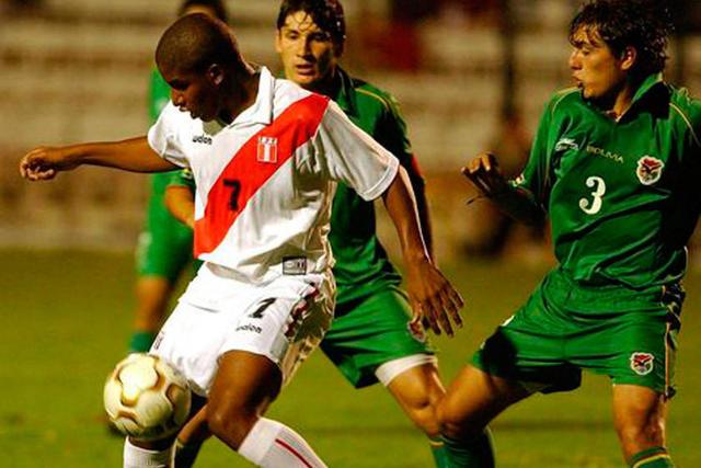 Bolivia busca una victoria ante Perú