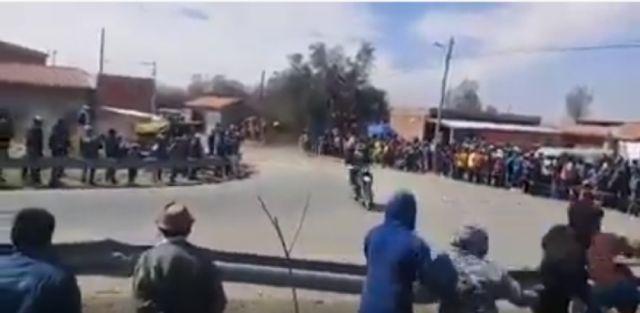 Motociclista chuquisaqueño sufre accidente sin consecuencias