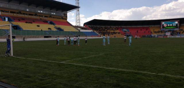 Bolívar gana a Nacional Potosí: 3-0