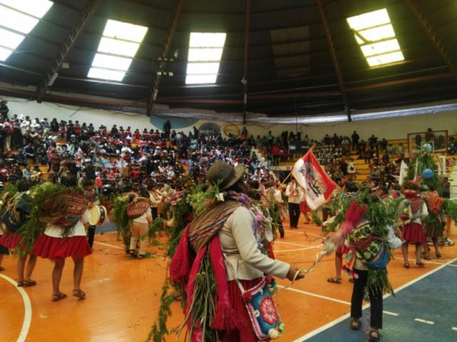 Representantes de 18 municipios participaron en festival estudiantil