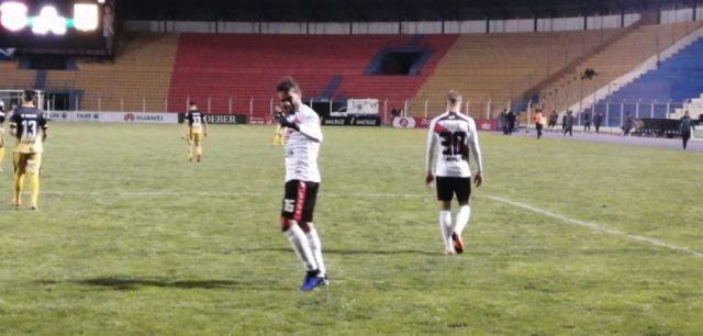 Nacional logra una victoria de  4-1  a Destroyers