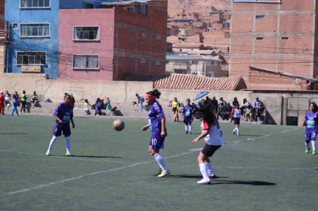 El equipo femenino lila busca un triunfo ante H. Players