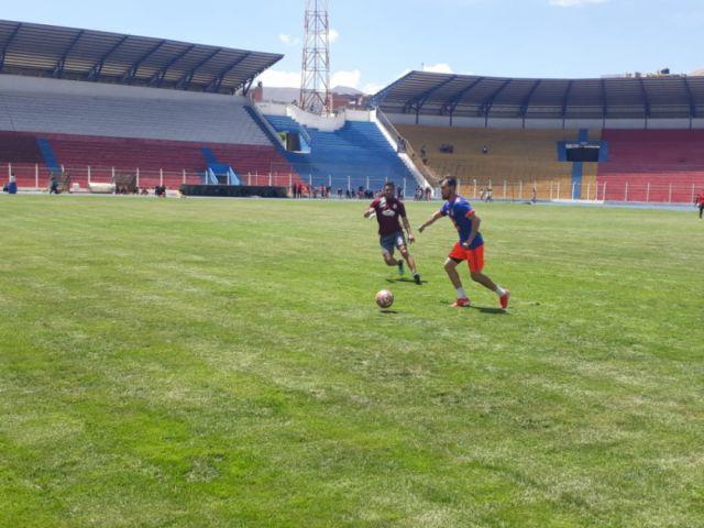 Nacional Potosí y Real Potosí empatan en partido amistoso