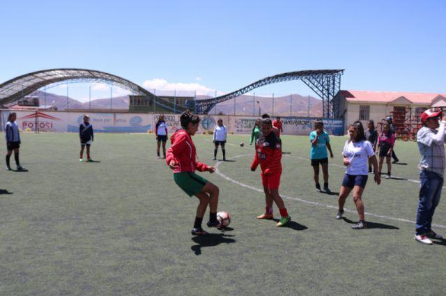 Se consolidan las selecciones potosinas de fútbol