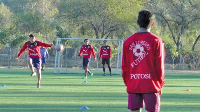 San Lorenzo busca dar el primer golpe