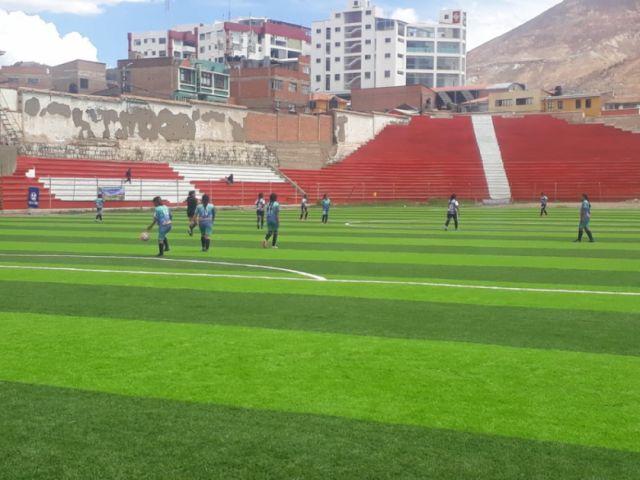 El equipo femenino de Potosí goleó al equipo orureño