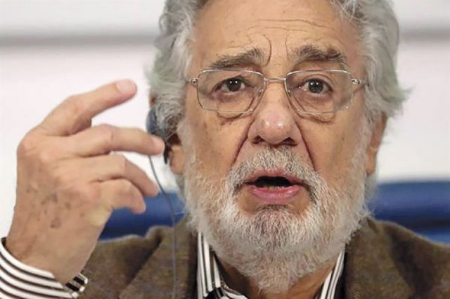 Plácido Domingo acepta que cometió acoso sexual