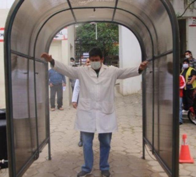 Tarija inicia instalación de cámaras de desinfección para combatir el COVID-19