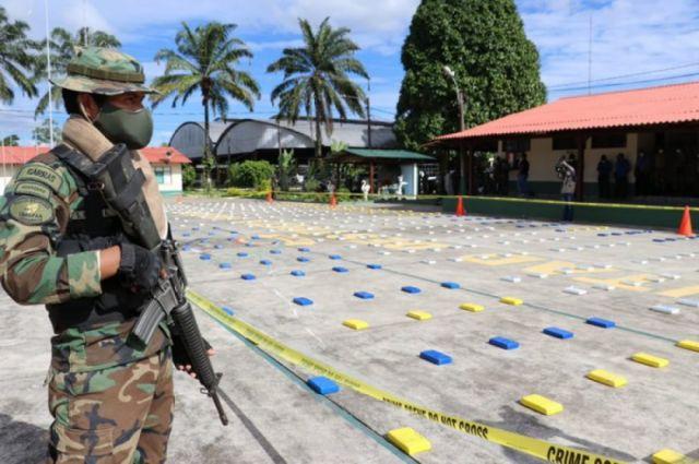 FELCN secuestra más de media tonelada de droga en Cochabamba