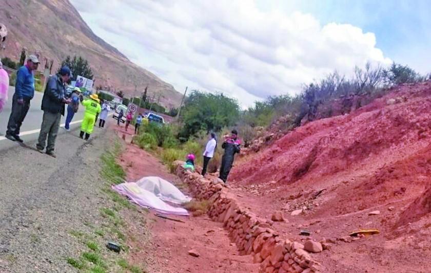 Dos funcionarias de la ABC mueren arrolladas en el tramo a Tarapaya